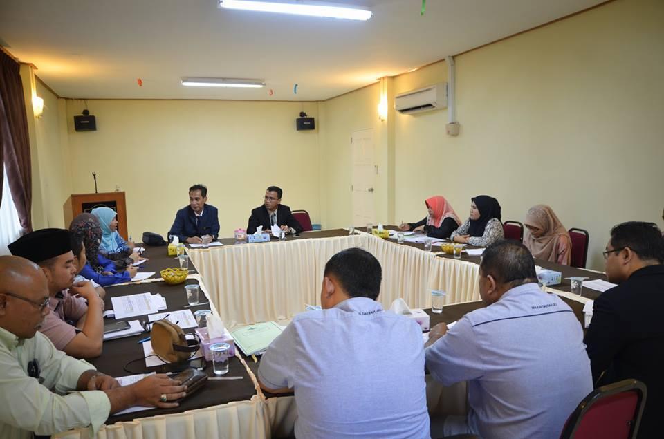 Entrance Kajian Audit Terhadap Pengurusan Perolehan Majlis Daerah Jeli
