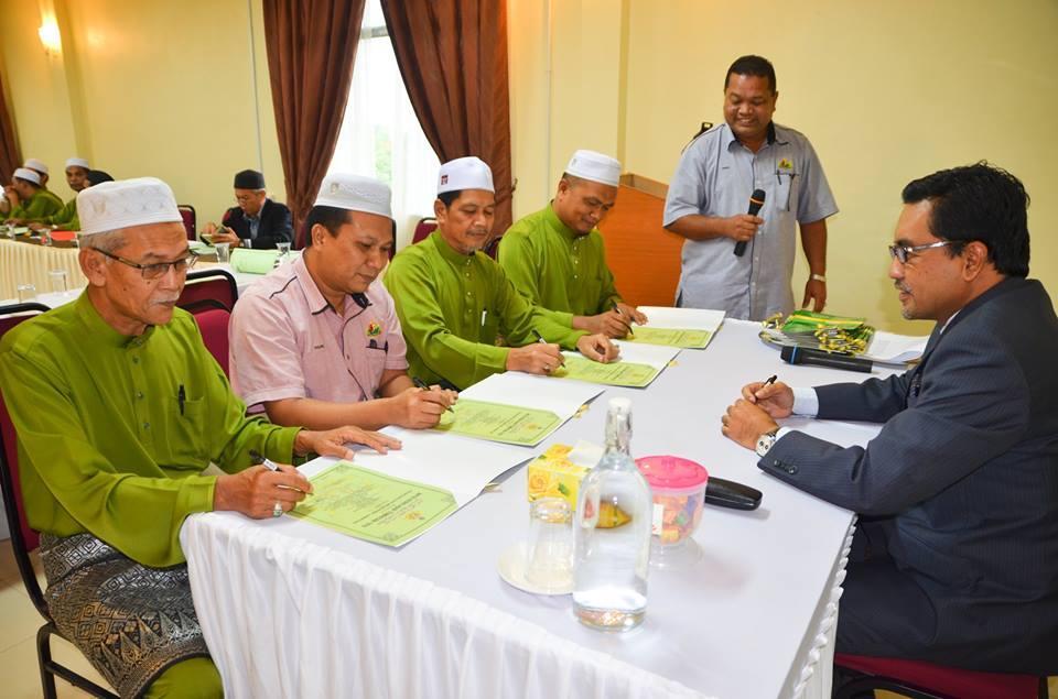 Majlis Menandatangani Pengakuan Menerima Jawatan Ahli Majlis 2017